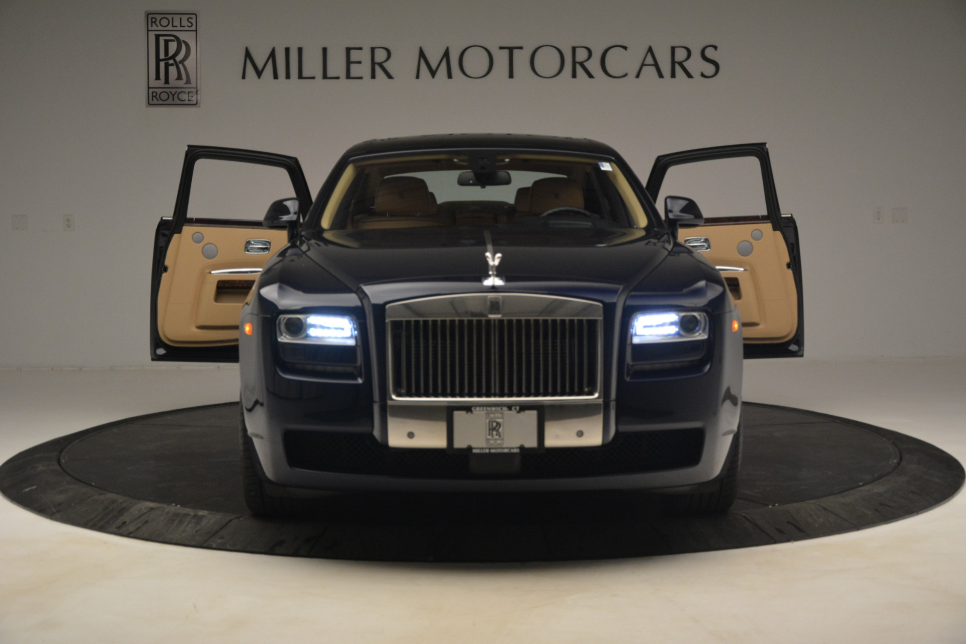 Used 2014 Rolls-Royce Ghost  For Sale In Greenwich, CT 2990_p13