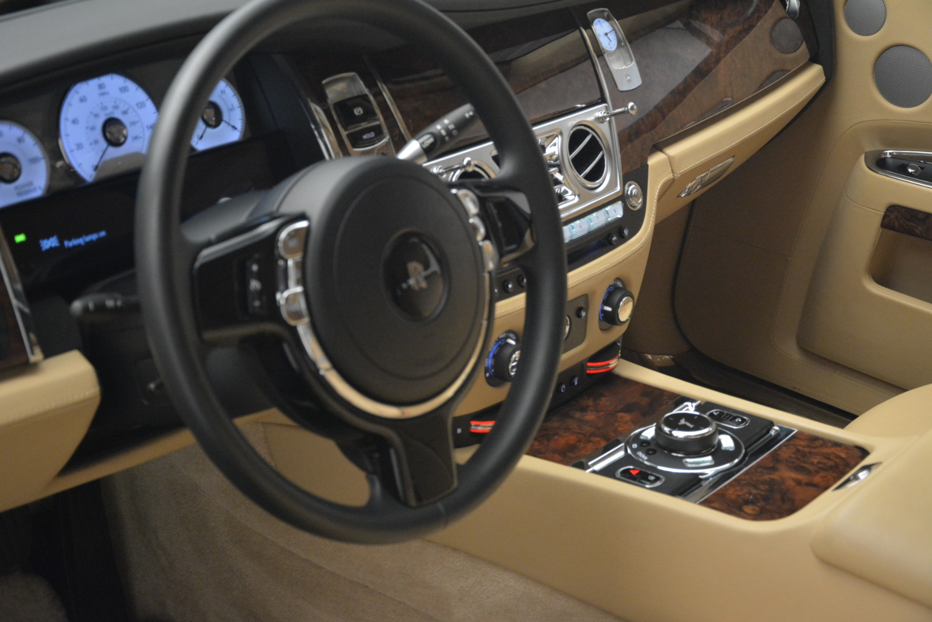 Used 2014 Rolls-Royce Ghost  For Sale In Greenwich, CT 2990_p14