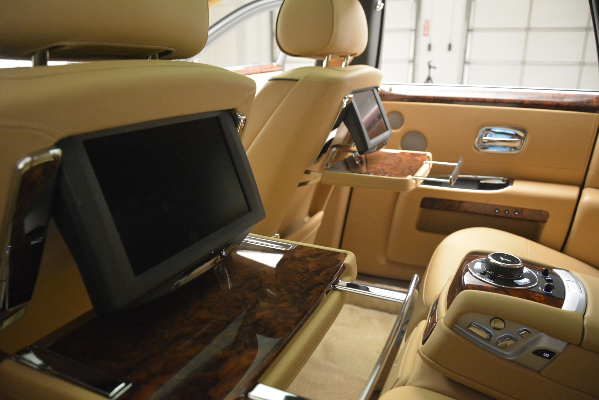 Used 2014 Rolls-Royce Ghost  For Sale In Greenwich, CT 2990_p38