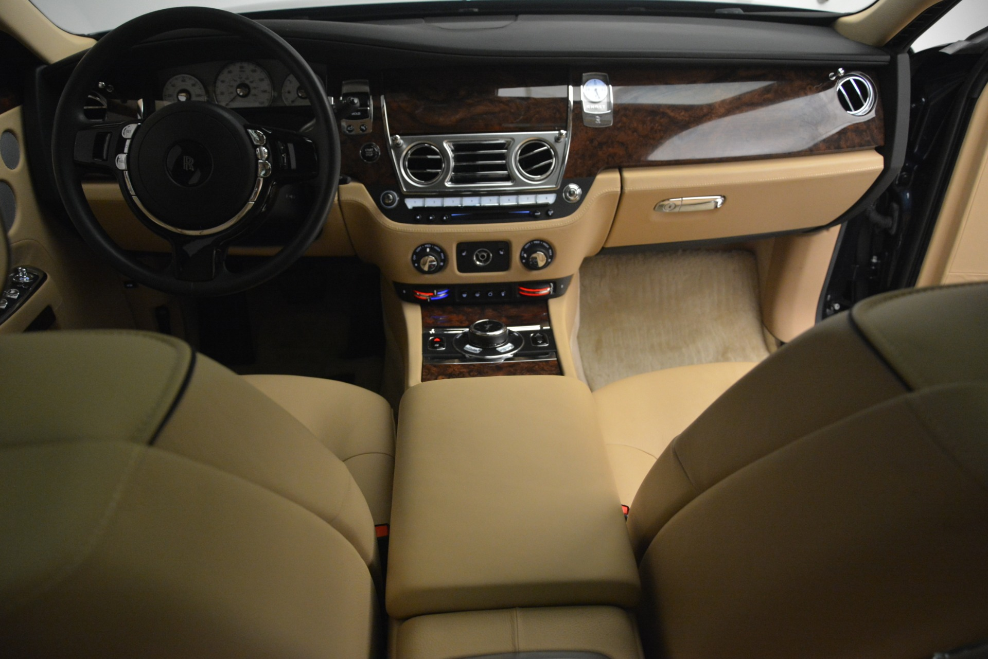 Used 2014 Rolls-Royce Ghost  For Sale In Greenwich, CT 2990_p39