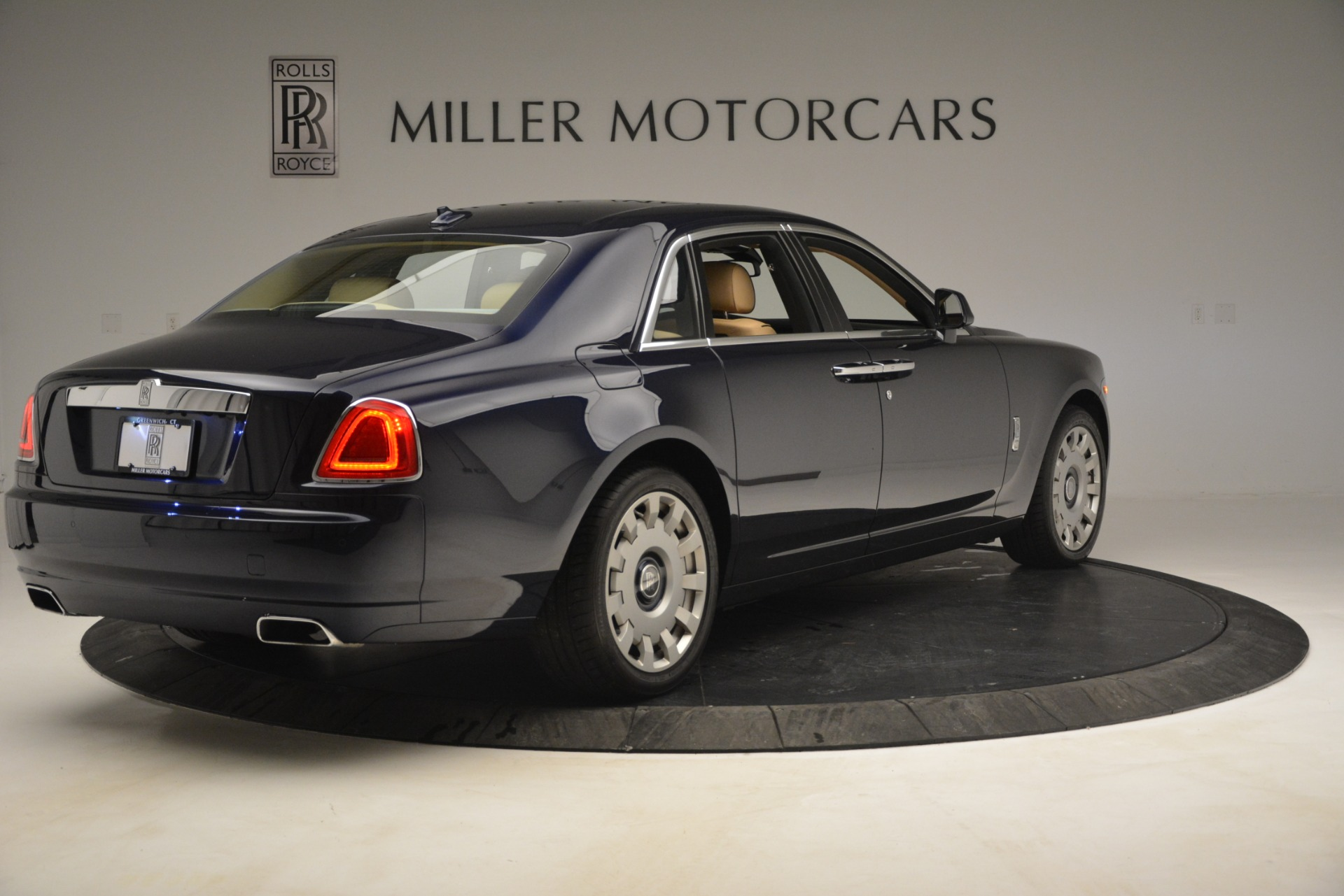 Used 2014 Rolls-Royce Ghost  For Sale In Greenwich, CT 2990_p8