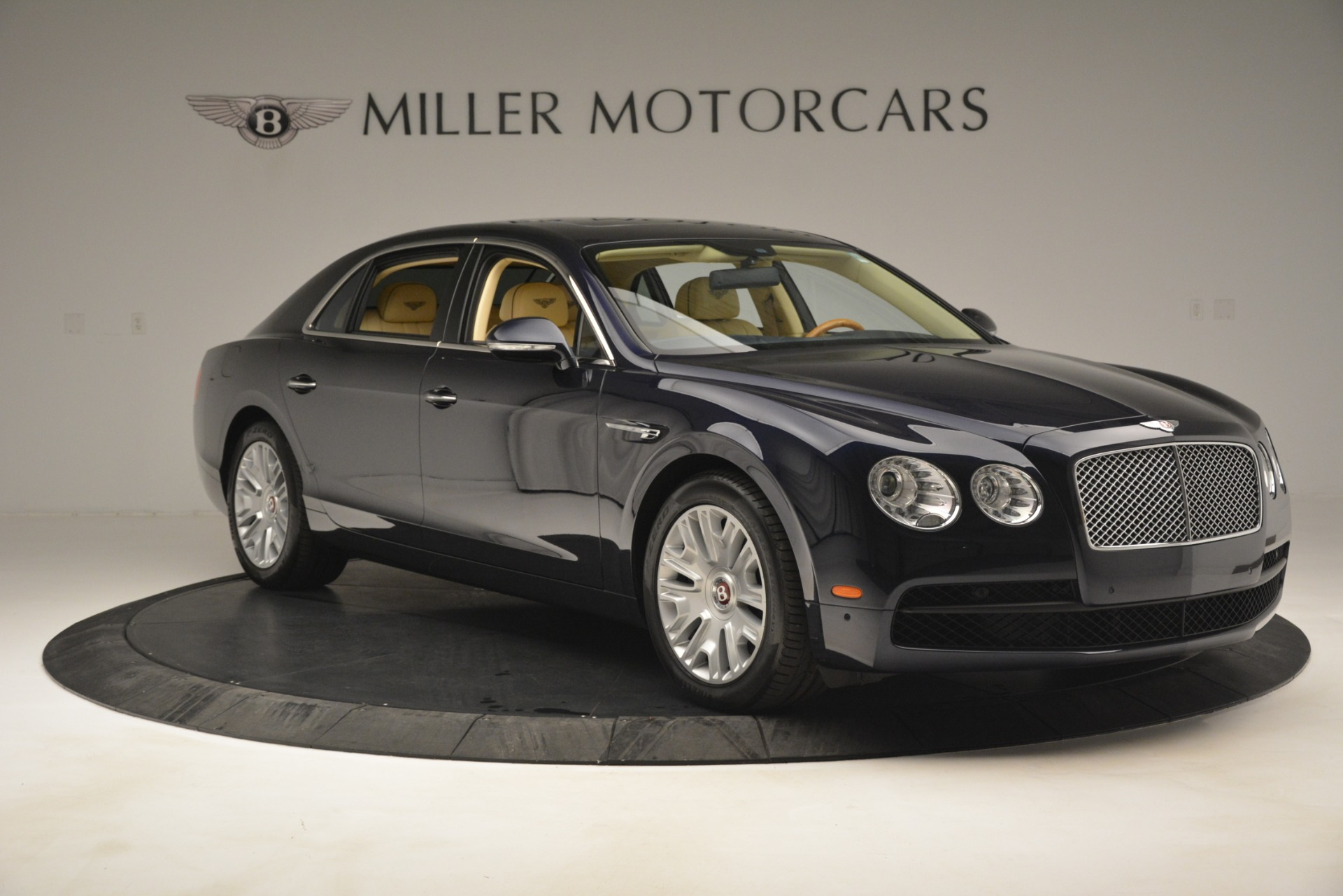 Used 2015 Bentley Flying Spur V8 For Sale In Greenwich, CT 2997_p10