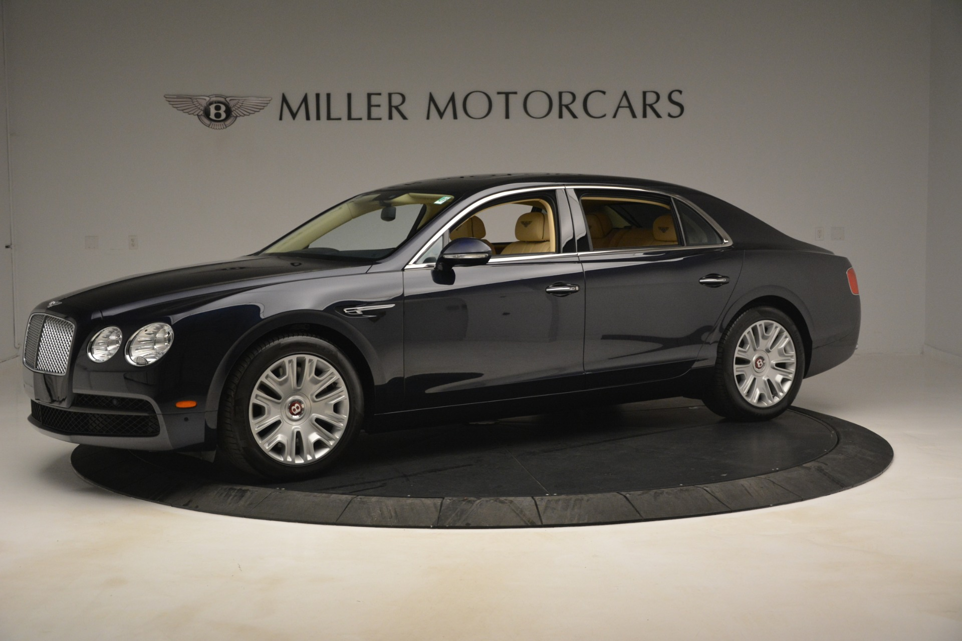 Used 2015 Bentley Flying Spur V8 For Sale In Greenwich, CT 2997_p2