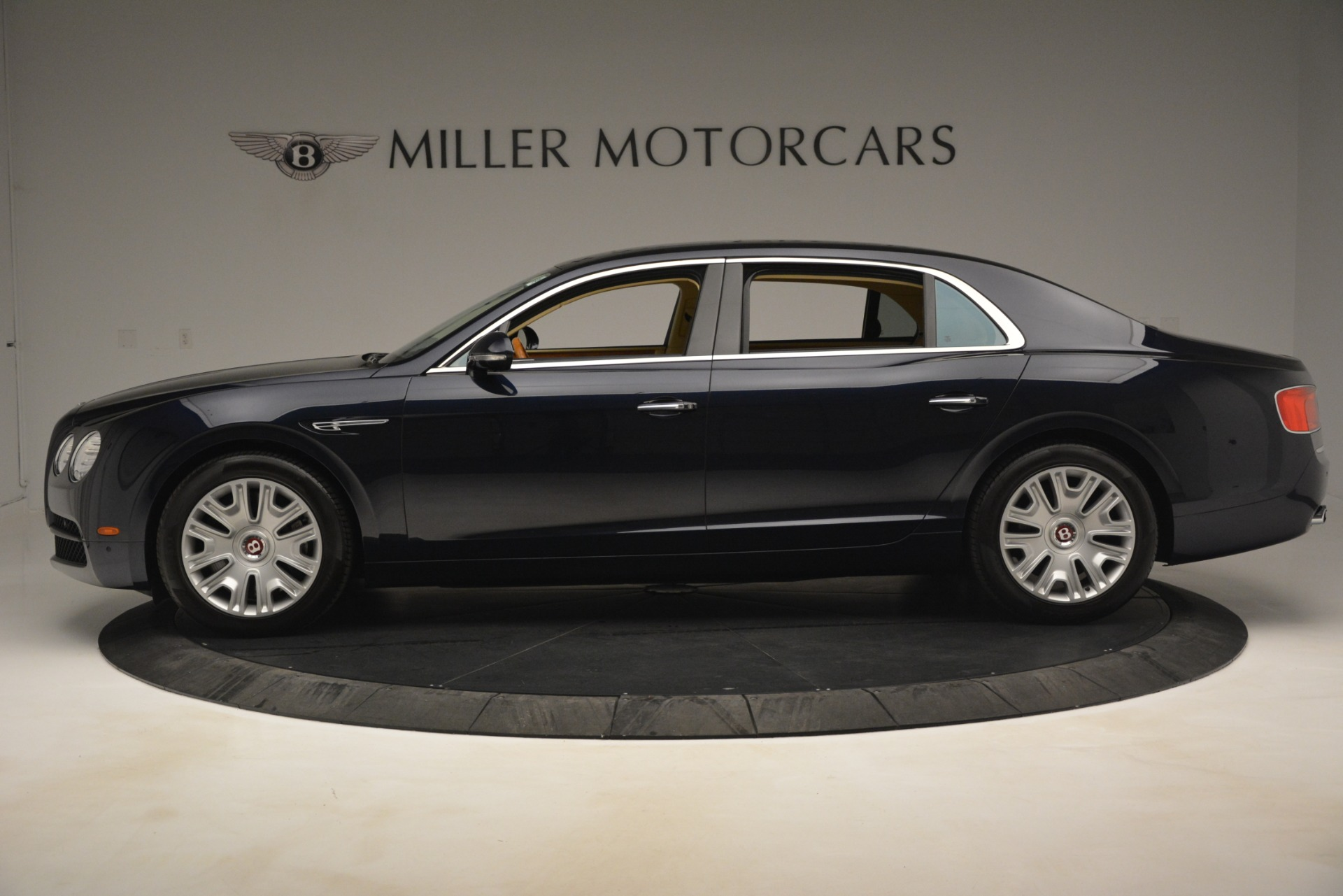 Used 2015 Bentley Flying Spur V8 For Sale In Greenwich, CT 2997_p3