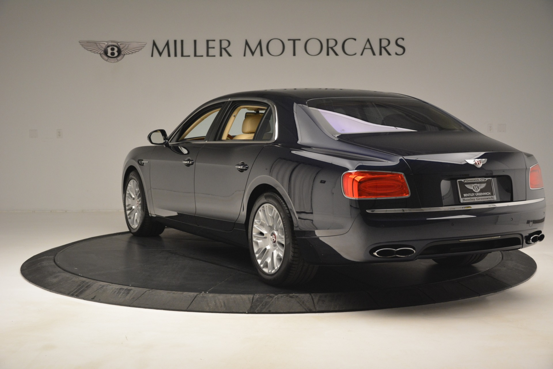 Used 2015 Bentley Flying Spur V8 For Sale In Greenwich, CT 2997_p5