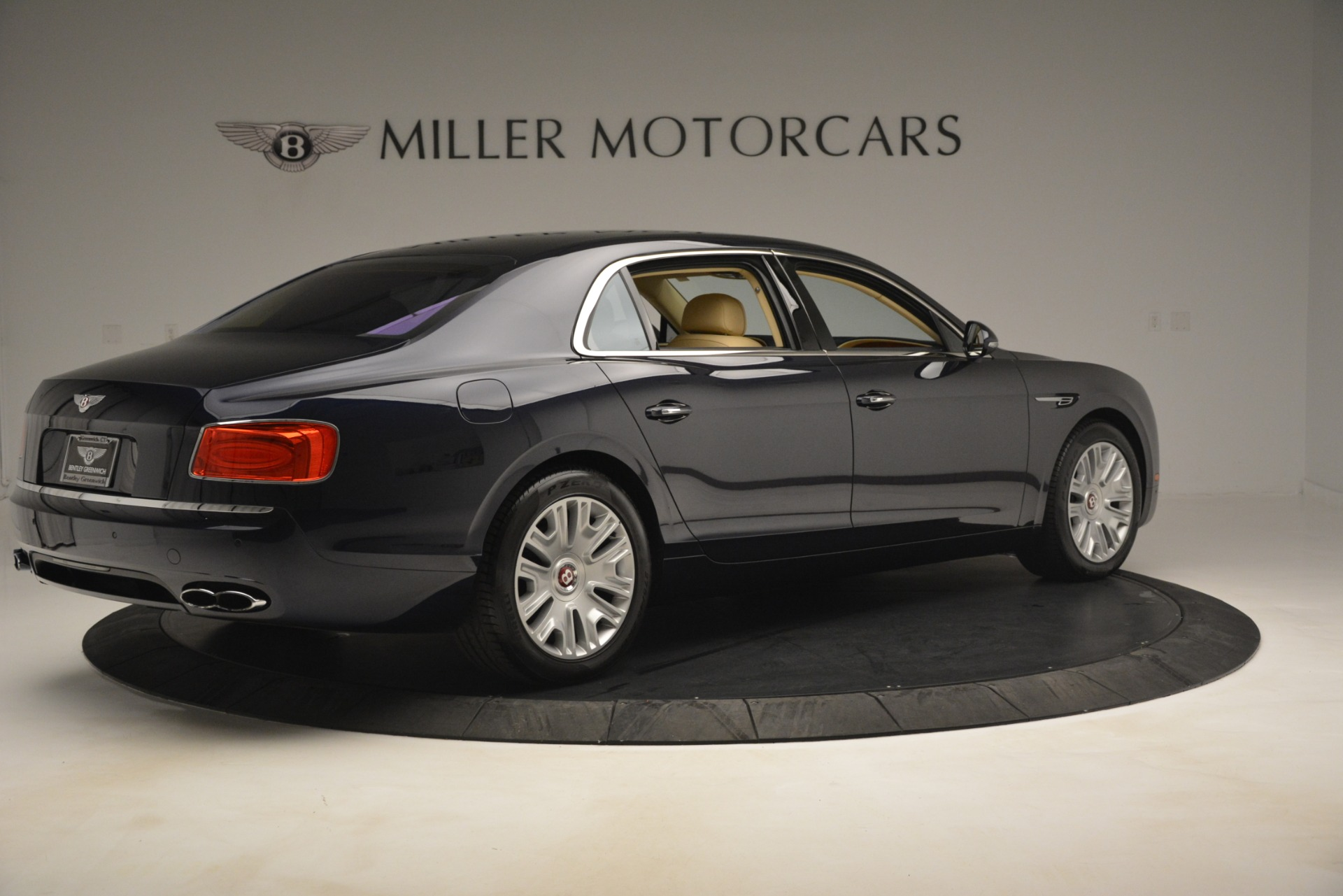 Used 2015 Bentley Flying Spur V8 For Sale In Greenwich, CT 2997_p7