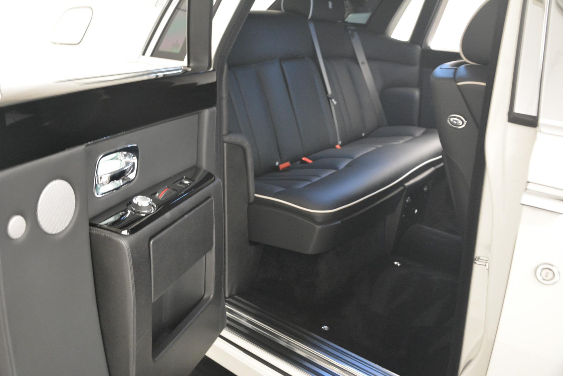 Used 2014 Rolls-Royce Phantom  For Sale In Greenwich, CT 2998_p25