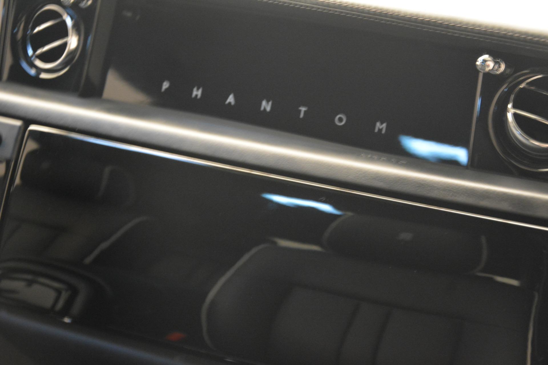 Used 2014 Rolls-Royce Phantom  For Sale In Greenwich, CT 2998_p29
