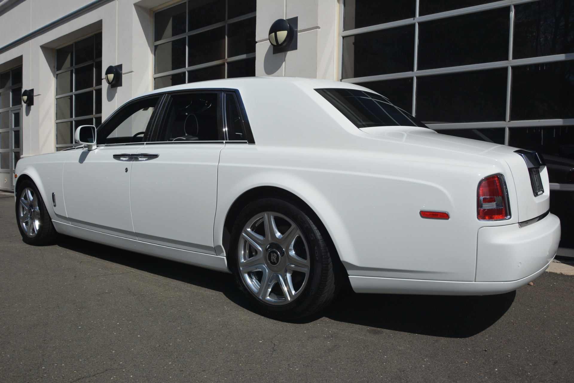 Used 2014 Rolls-Royce Phantom  For Sale In Greenwich, CT 2998_p6