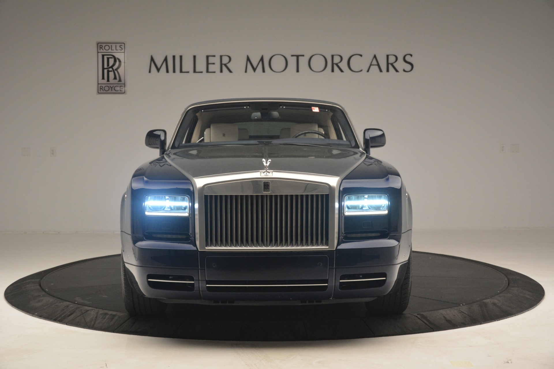 Used 2013 Rolls-Royce Phantom Drophead Coupe  For Sale In Greenwich, CT 2999_p15