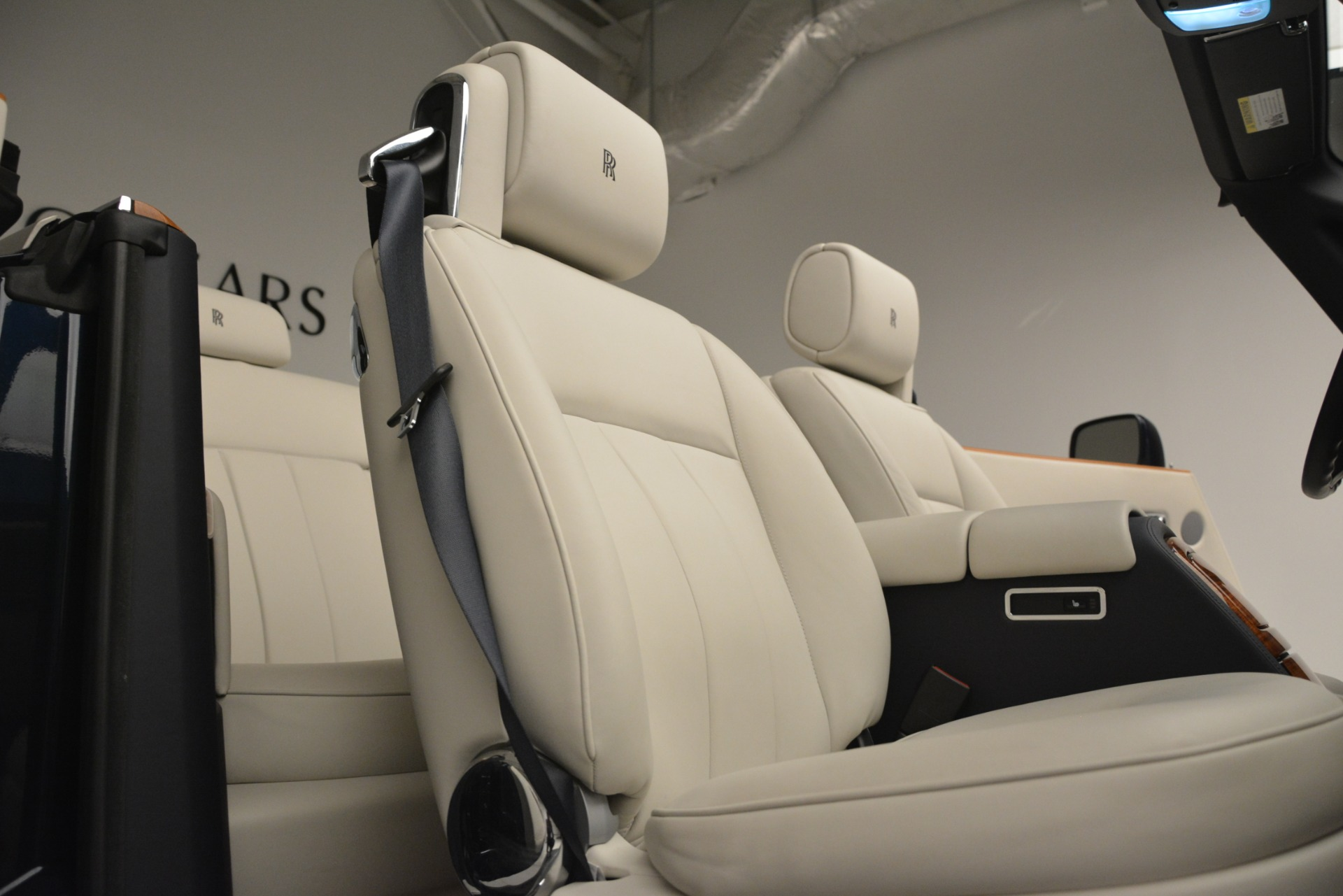 Used 2013 Rolls-Royce Phantom Drophead Coupe  For Sale In Greenwich, CT 2999_p37