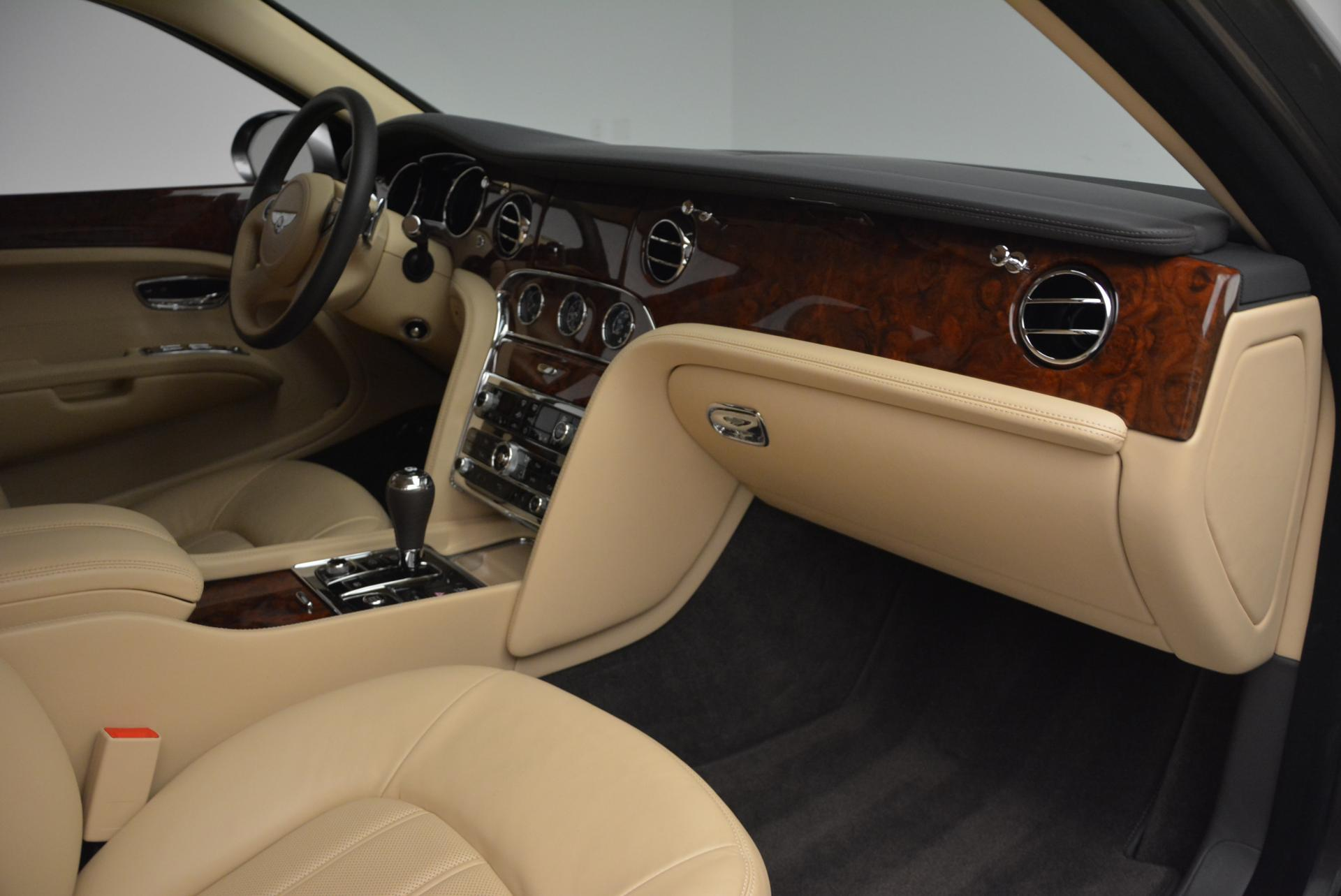 Used 2011 Bentley Mulsanne  For Sale In Greenwich, CT 30_p24