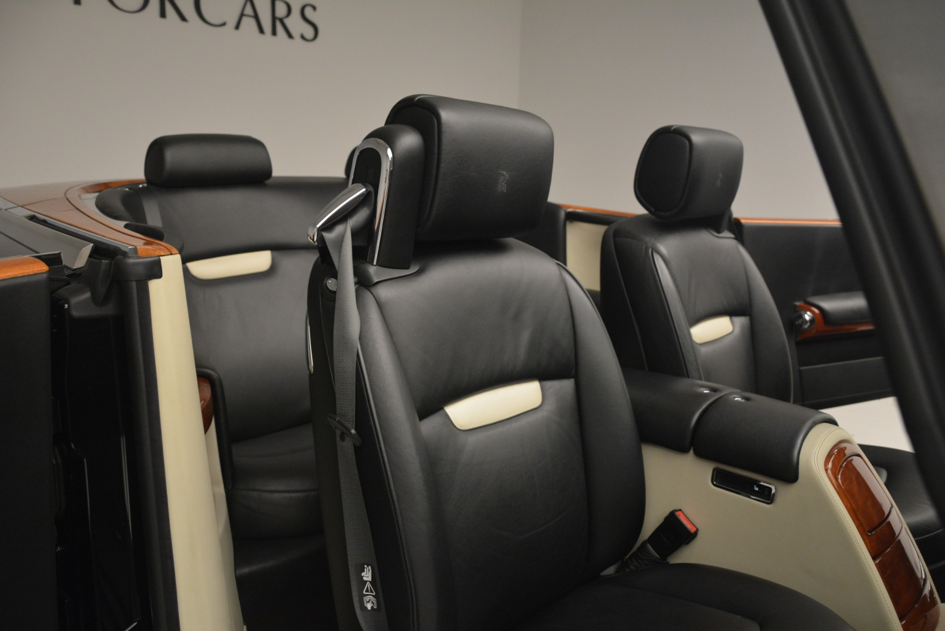 Used 2008 Rolls-Royce Phantom Drophead Coupe  For Sale In Greenwich, CT 3000_p21