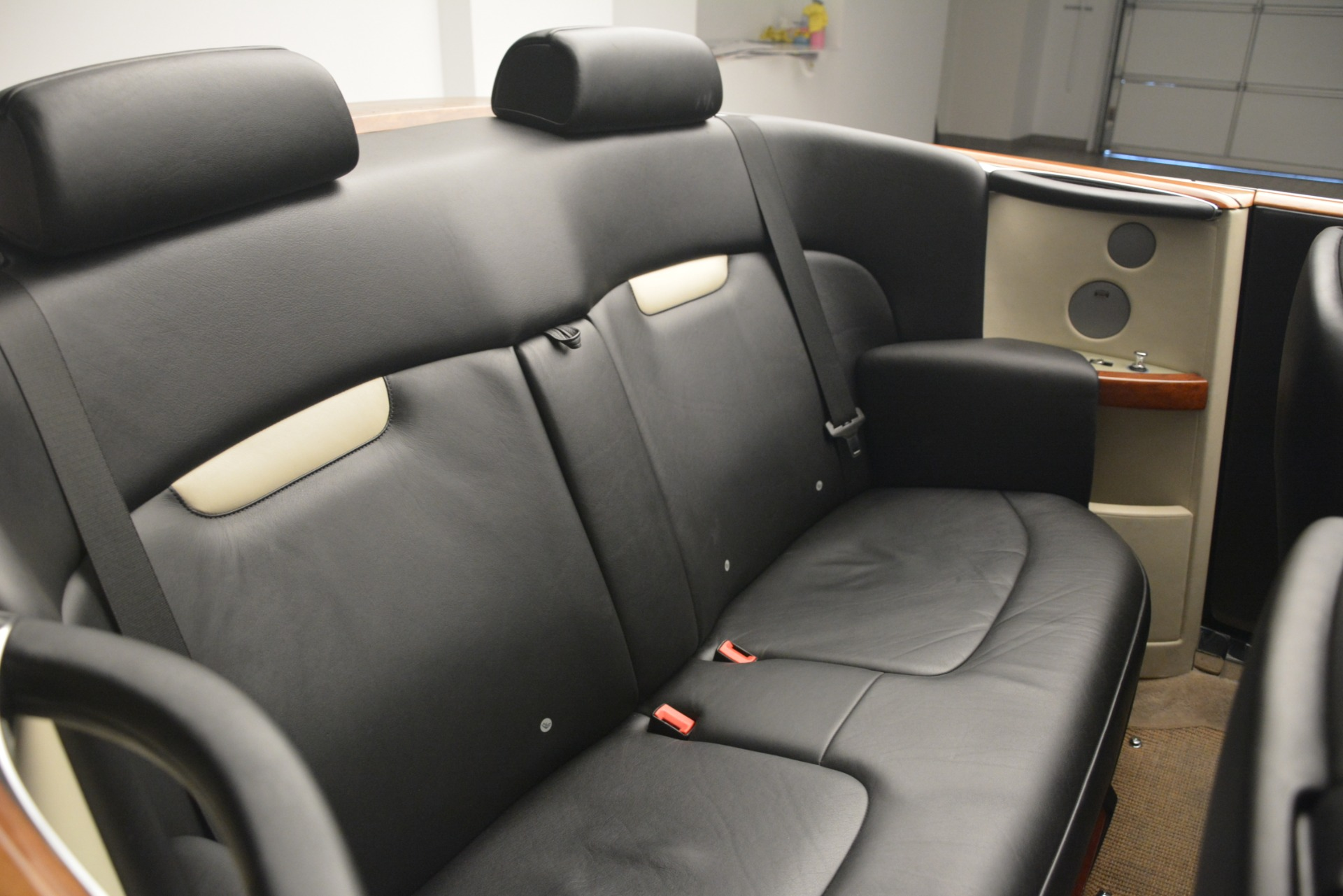 Used 2008 Rolls-Royce Phantom Drophead Coupe  For Sale In Greenwich, CT 3000_p24