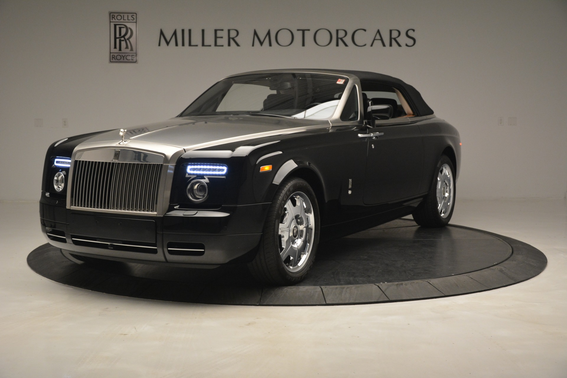 Used 2008 Rolls-Royce Phantom Drophead Coupe  For Sale In Greenwich, CT 3000_p34