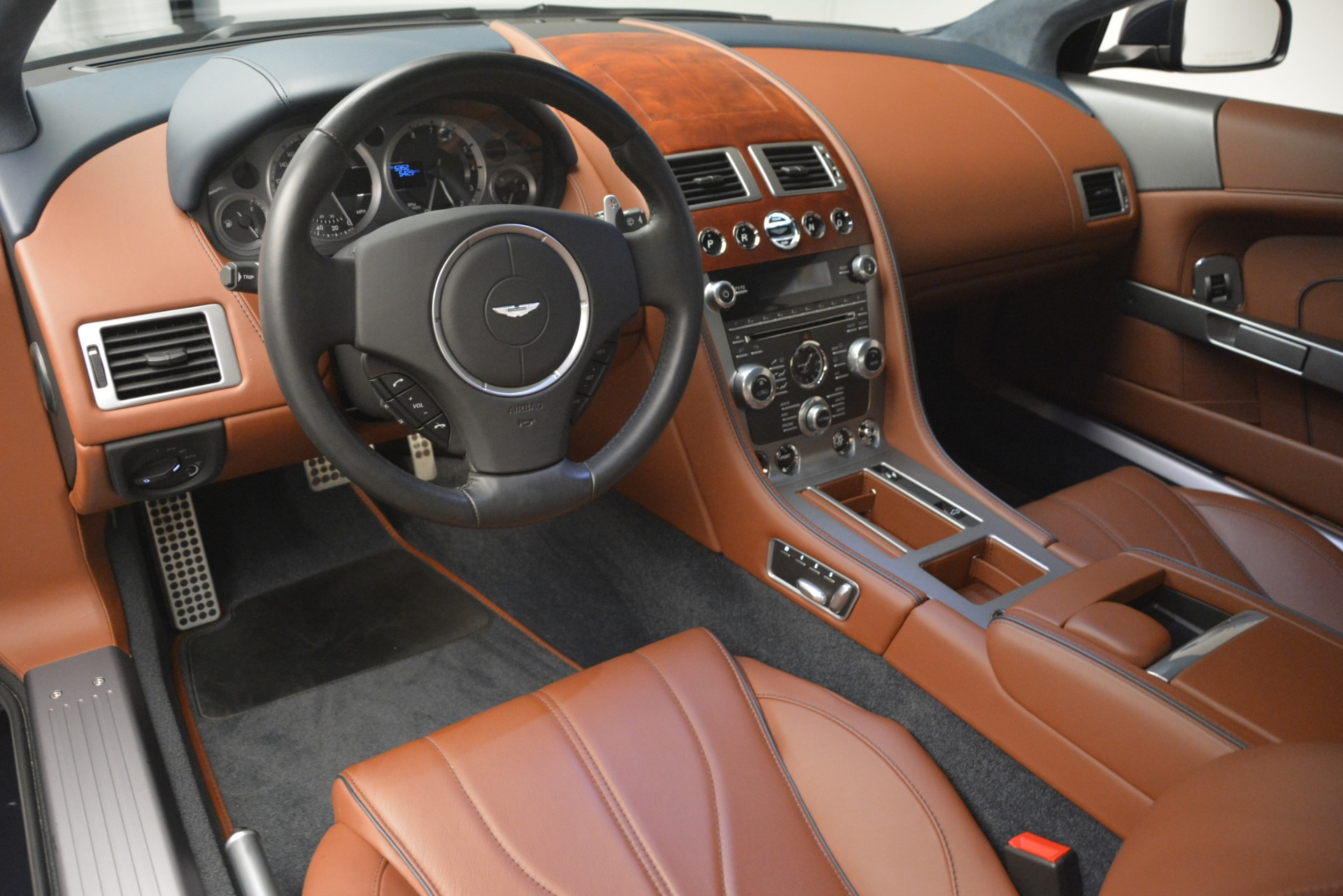 Used 2014 Aston Martin DB9 Coupe For Sale In Greenwich, CT 3010_p14