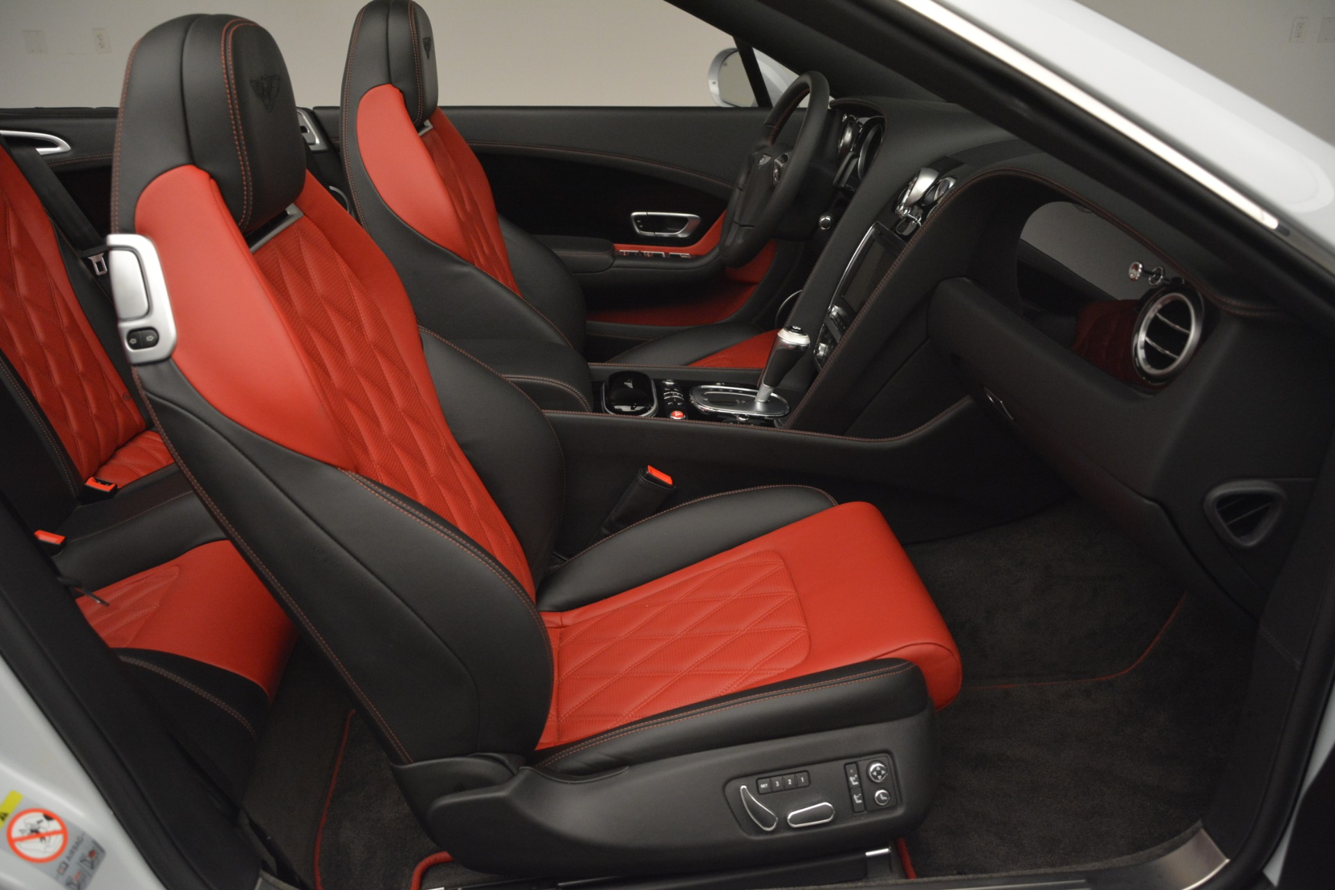Used 2014 Bentley Continental GT V8 S For Sale In Greenwich, CT 3011_p31