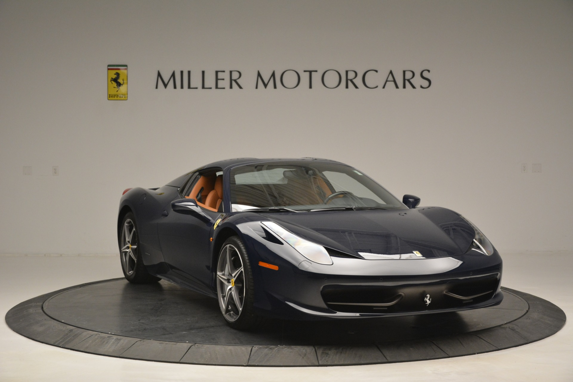 Used 2014 Ferrari 458 Spider  For Sale In Greenwich, CT 3013_p23