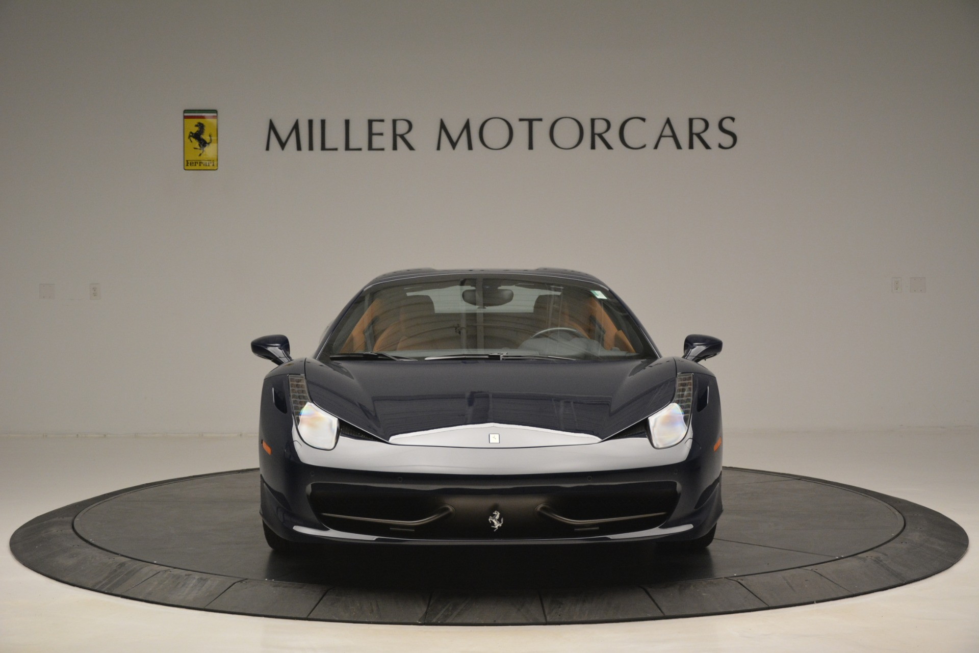 Used 2014 Ferrari 458 Spider  For Sale In Greenwich, CT 3013_p24