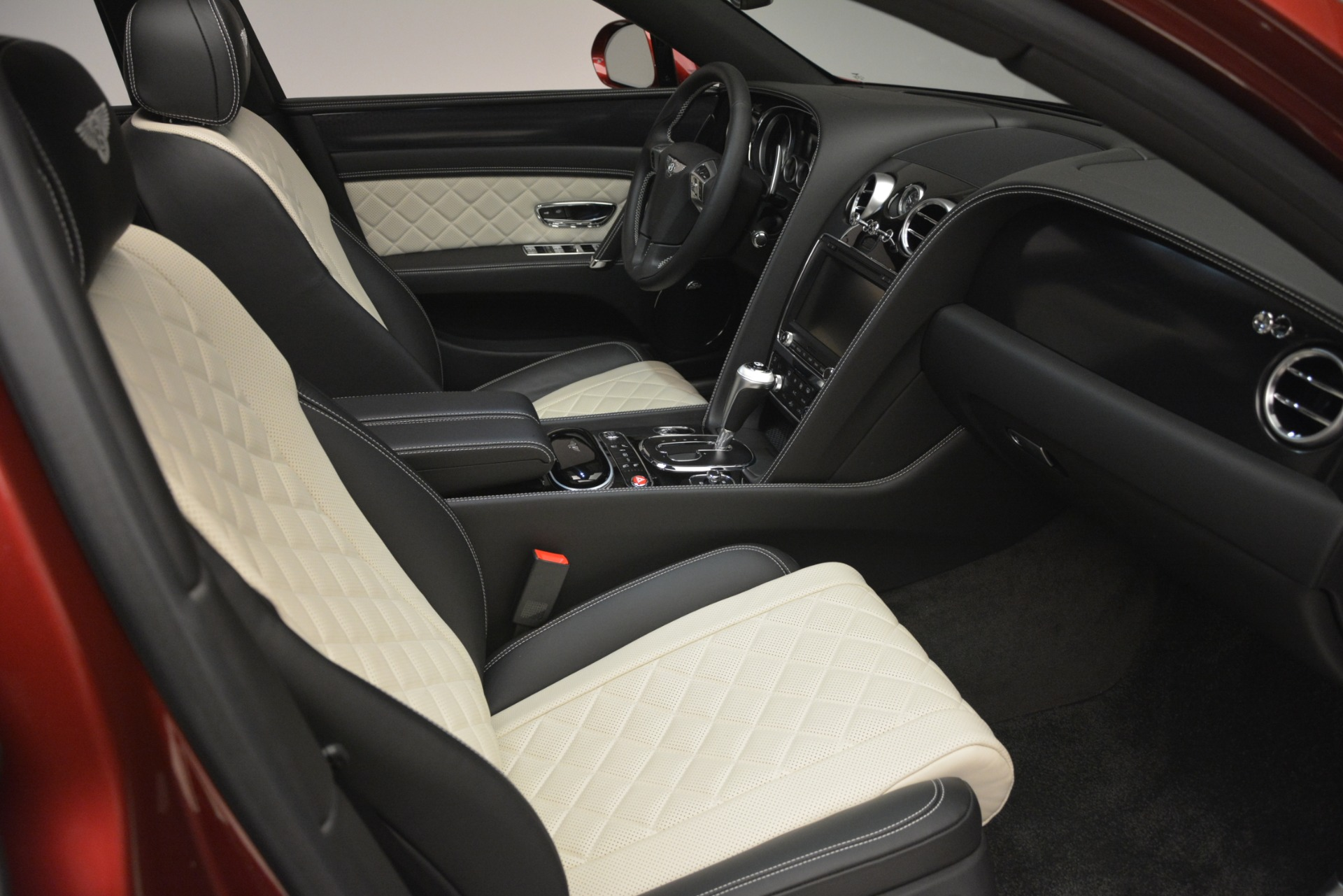 Used 2018 Bentley Flying Spur W12 S For Sale In Greenwich, CT 3014_p29