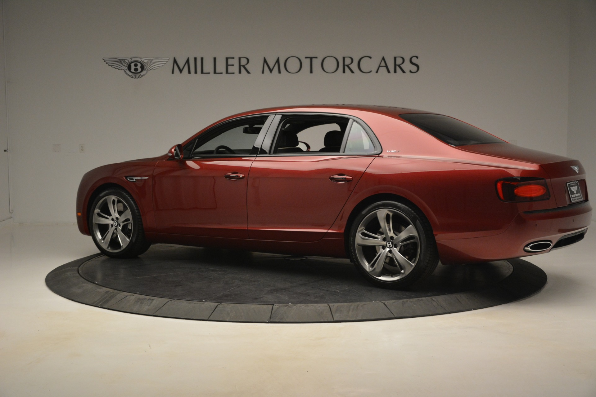 Used 2018 Bentley Flying Spur W12 S For Sale In Greenwich, CT 3014_p4
