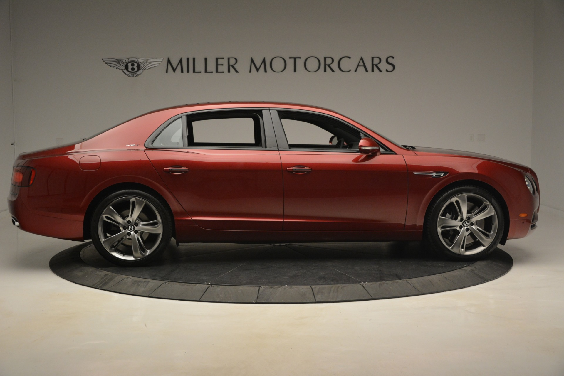 Used 2018 Bentley Flying Spur W12 S For Sale In Greenwich, CT 3014_p9