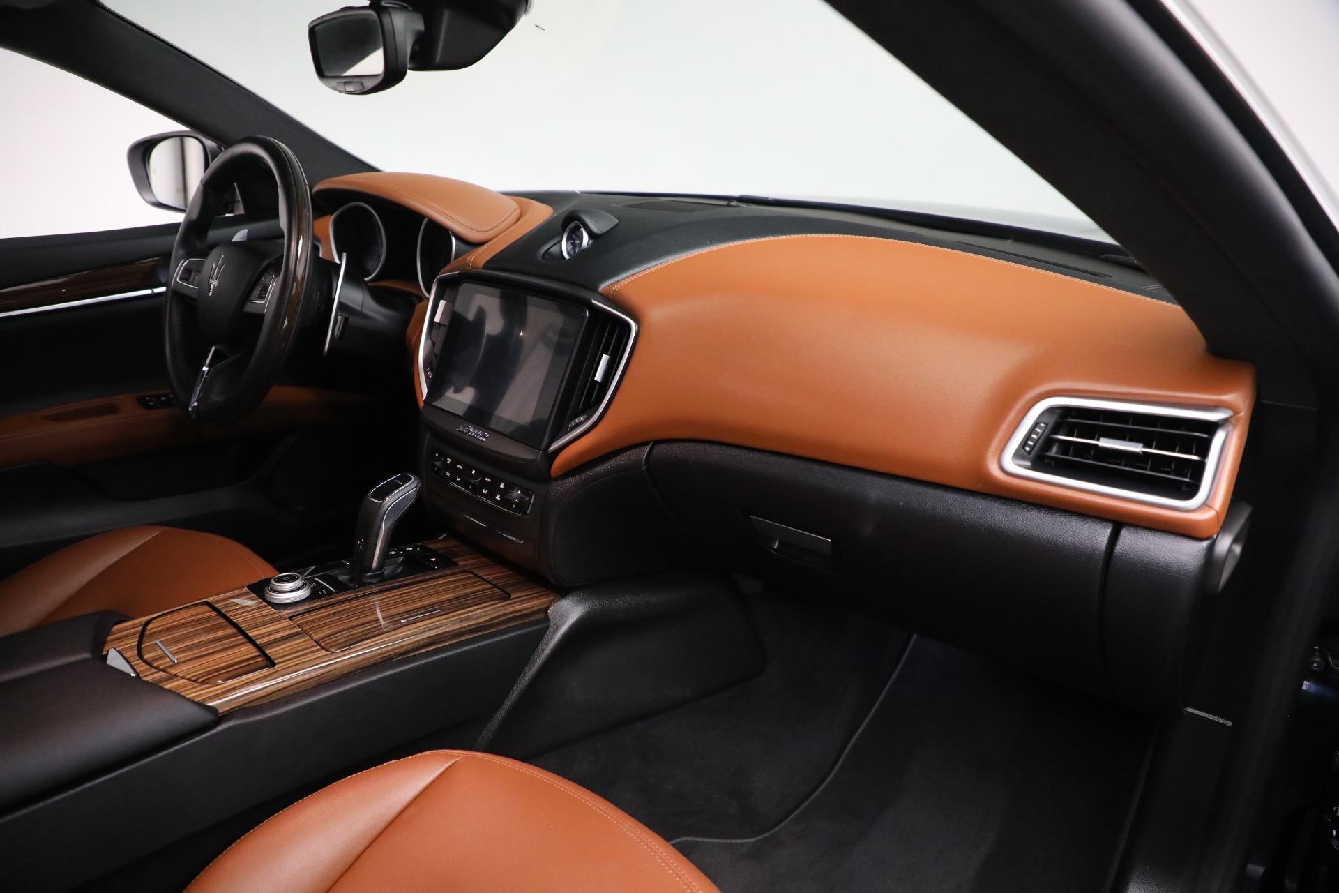 New 2019 Maserati Ghibli S Q4 For Sale In Greenwich, CT 3020_p17