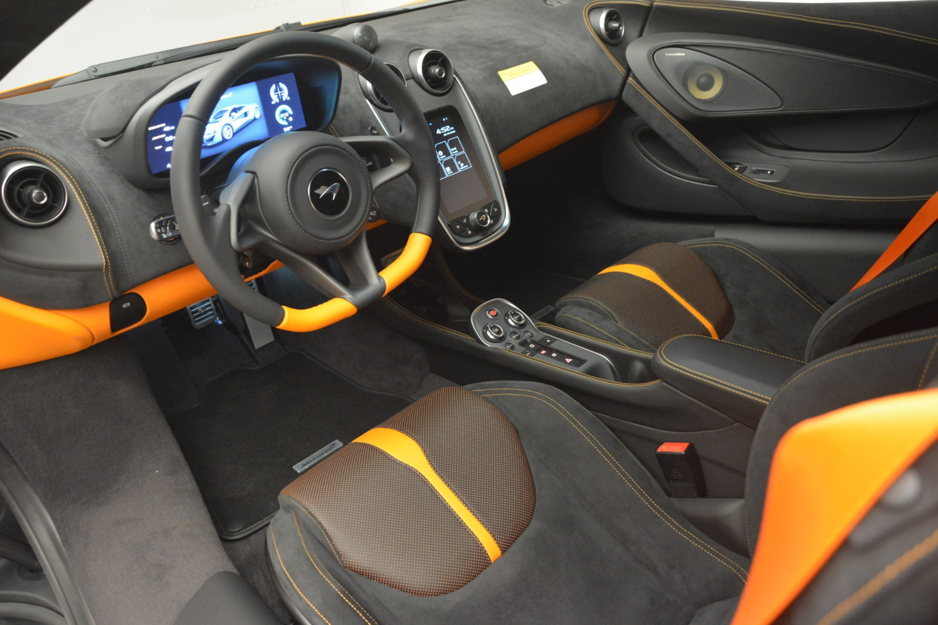 New 2019 McLaren 570S Coupe For Sale In Greenwich, CT 3027_p16