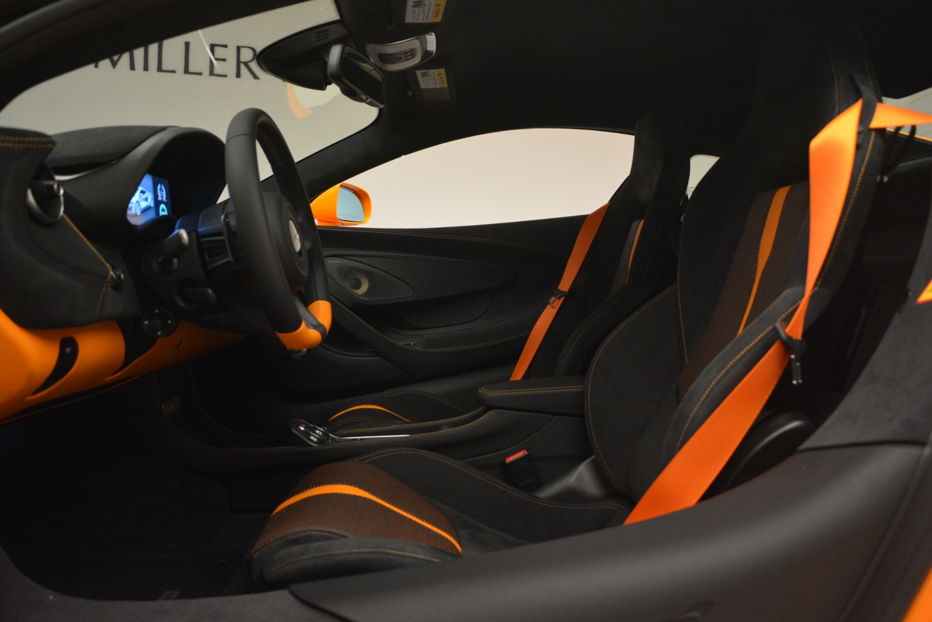 New 2019 McLaren 570S Coupe For Sale In Greenwich, CT 3027_p17