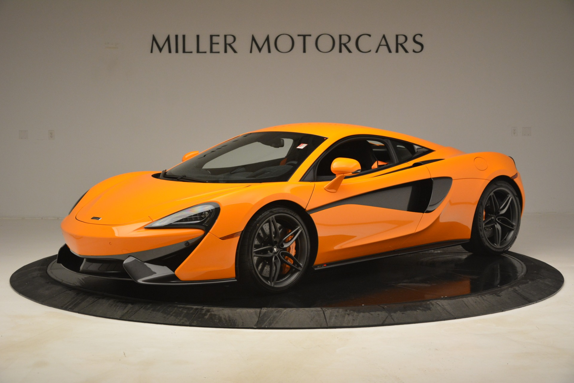New 2019 McLaren 570S Coupe For Sale In Greenwich, CT 3027_p2