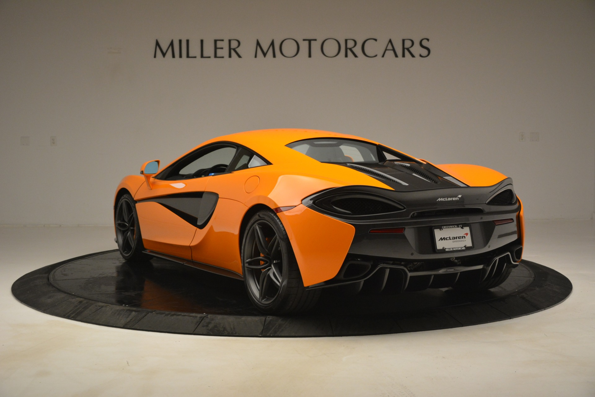 New 2019 McLaren 570S Coupe For Sale In Greenwich, CT 3027_p5