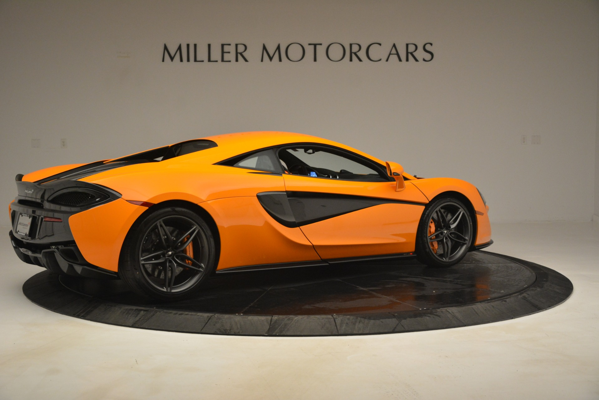 New 2019 McLaren 570S Coupe For Sale In Greenwich, CT 3027_p8