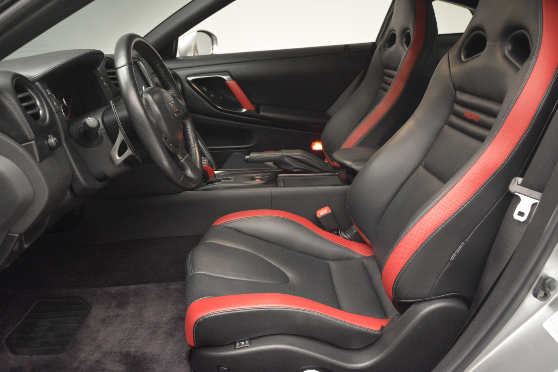 Used 2013 Nissan GT-R Black Edition For Sale In Greenwich, CT 3028_p16