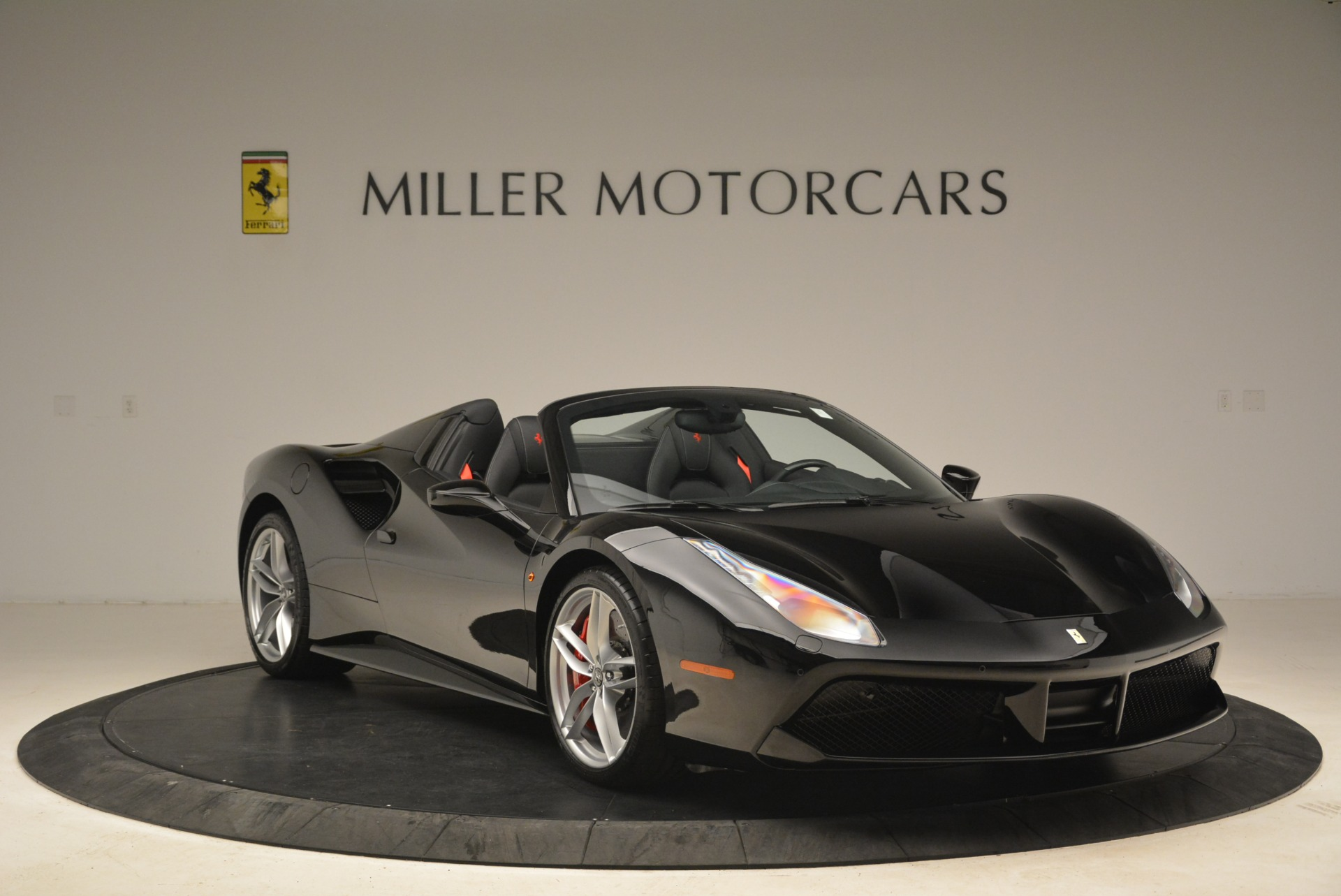 Used 2018 Ferrari 488 Spider  For Sale In Greenwich, CT 3029_p11
