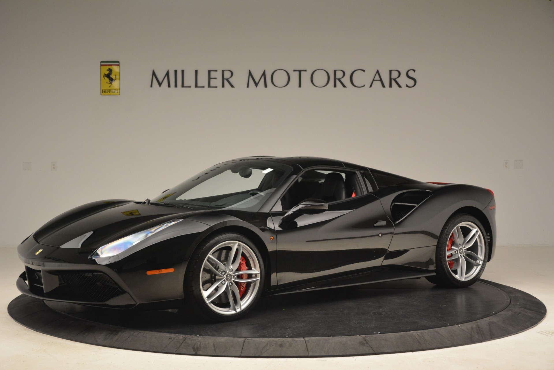Used 2018 Ferrari 488 Spider  For Sale In Greenwich, CT 3029_p14