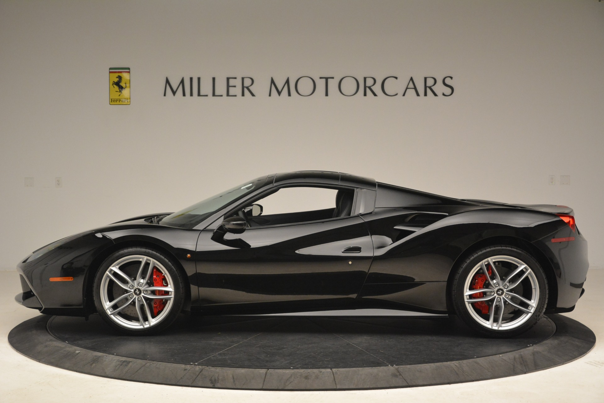Used 2018 Ferrari 488 Spider  For Sale In Greenwich, CT 3029_p15