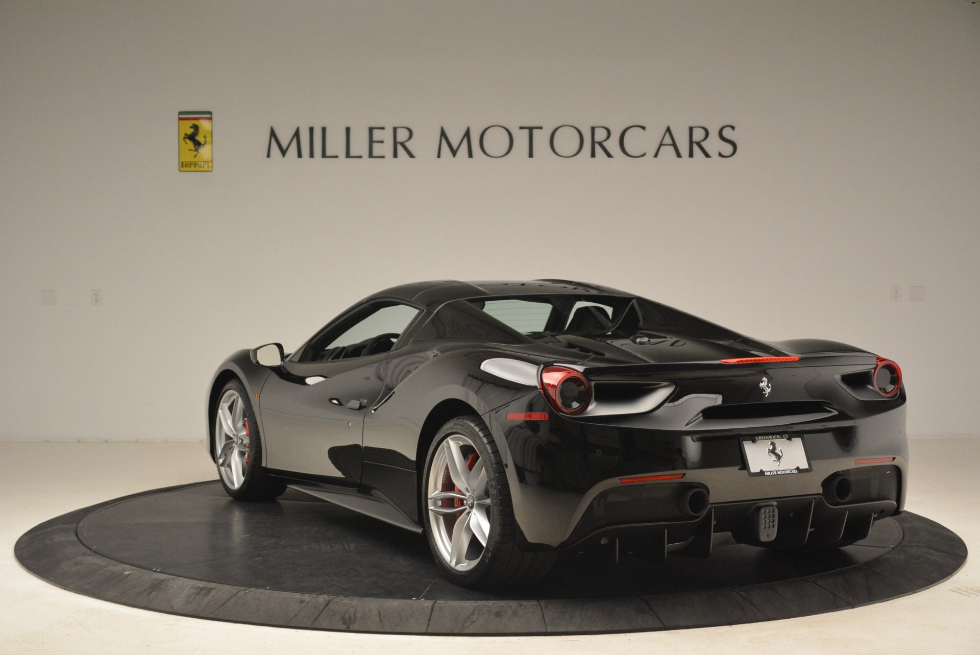 Used 2018 Ferrari 488 Spider  For Sale In Greenwich, CT 3029_p17