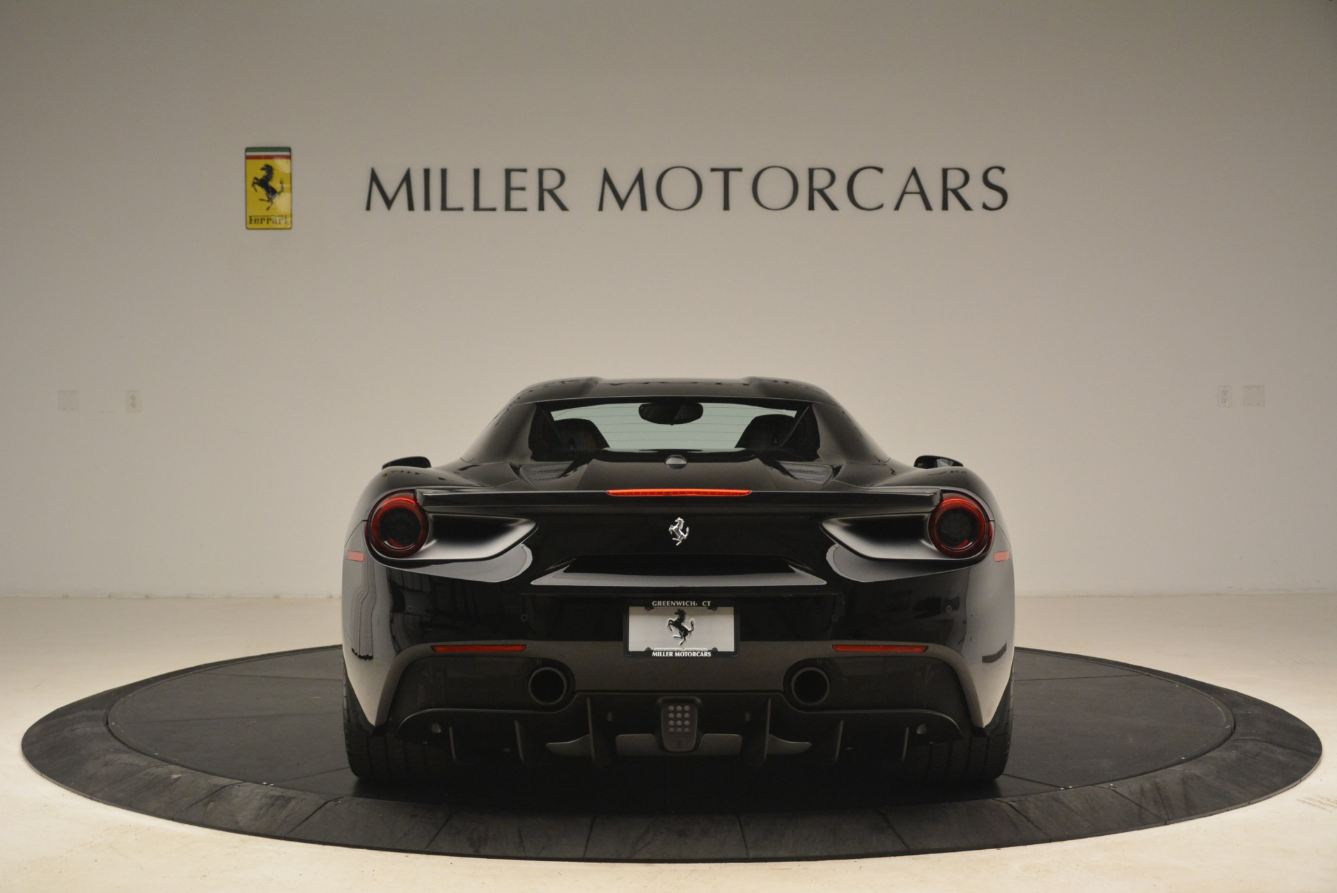 Used 2018 Ferrari 488 Spider  For Sale In Greenwich, CT 3029_p18