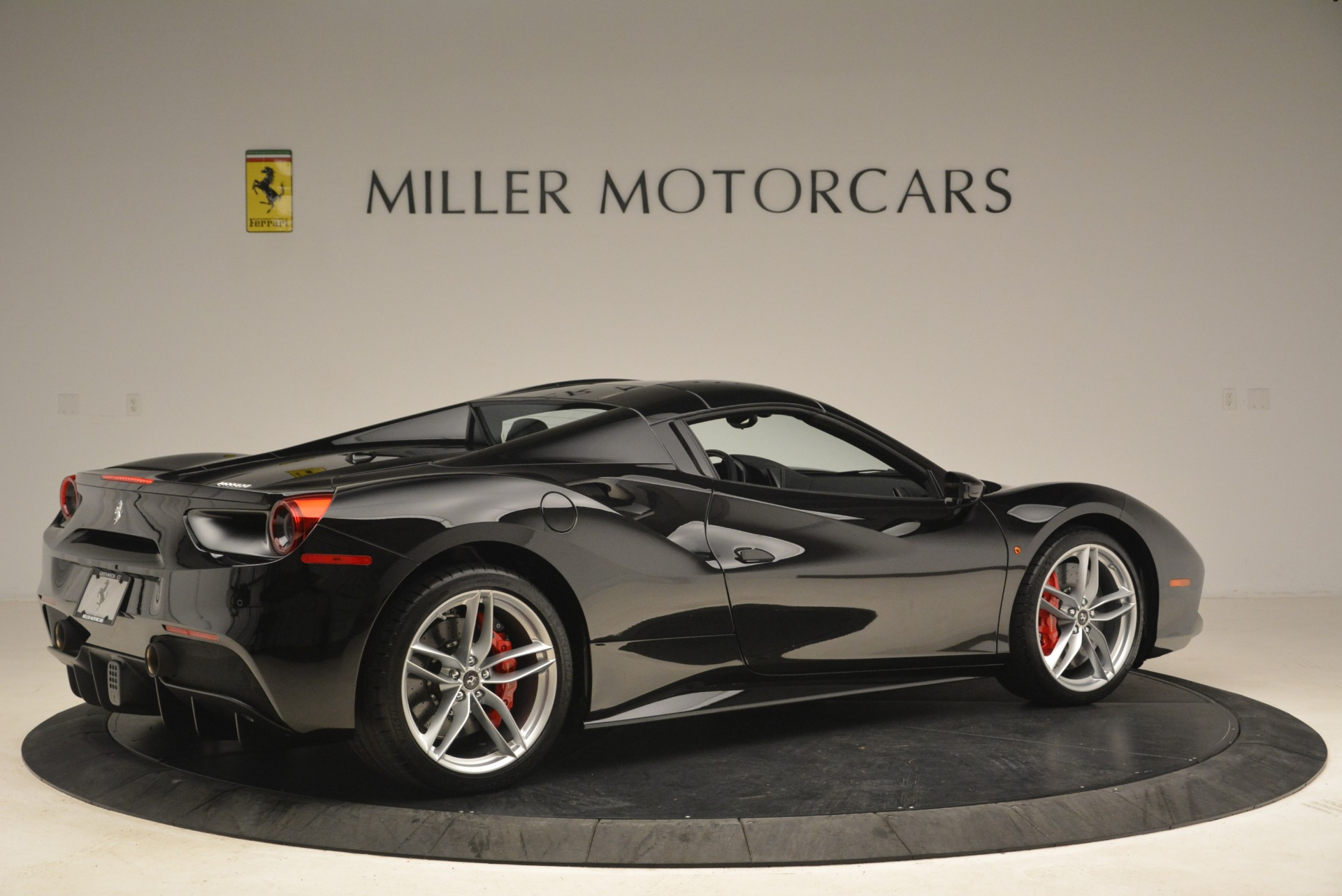 Used 2018 Ferrari 488 Spider  For Sale In Greenwich, CT 3029_p20