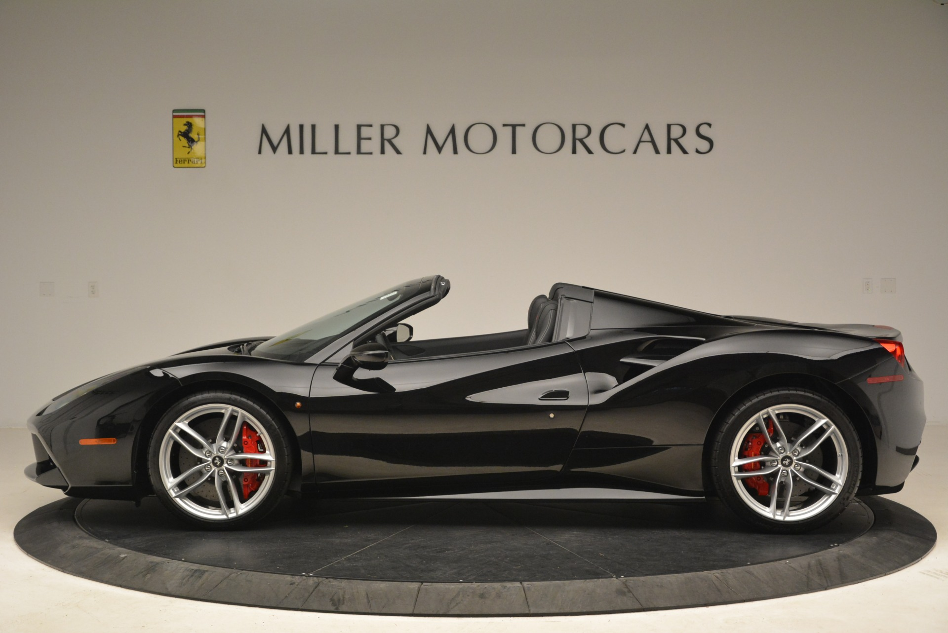 Used 2018 Ferrari 488 Spider  For Sale In Greenwich, CT 3029_p3