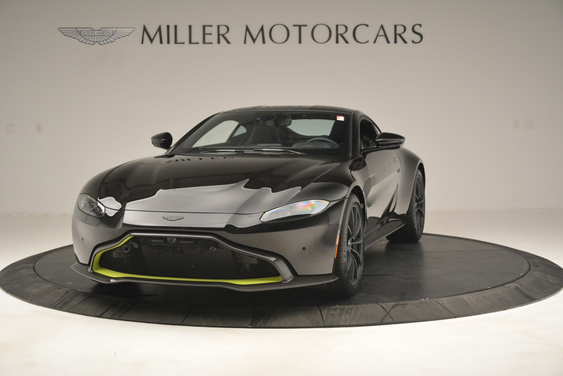 New 2019 Aston Martin Vantage Coupe For Sale In Greenwich, CT 3030_p3