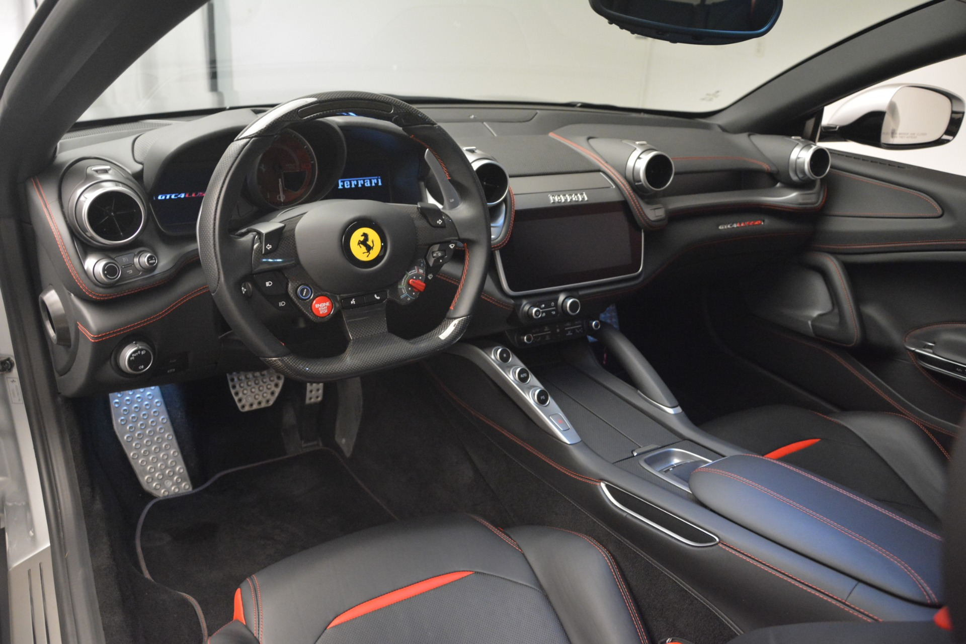 Used 2018 Ferrari GTC4Lusso T  For Sale In Greenwich, CT 3031_p13