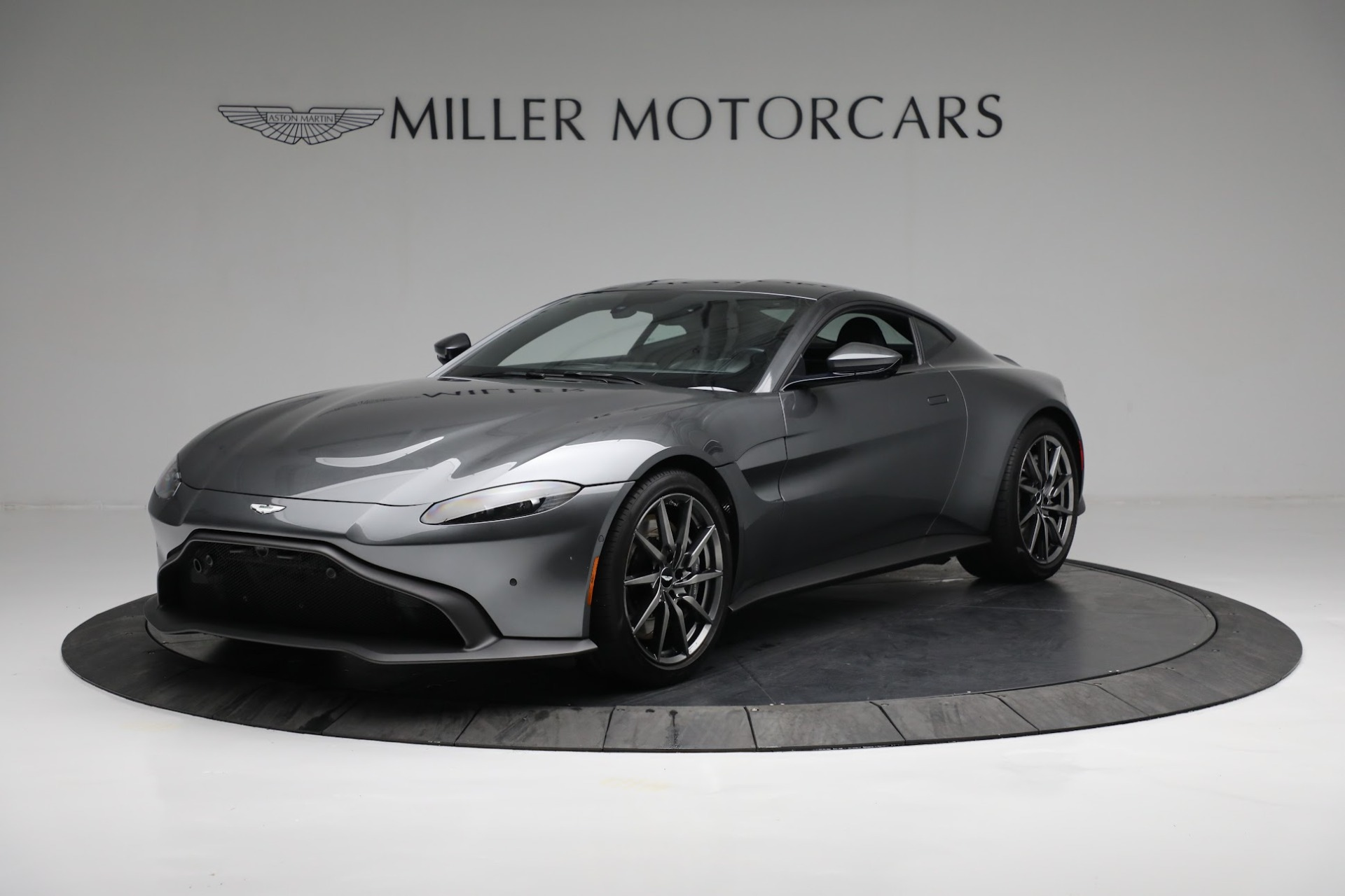 New 2019 Aston Martin Vantage Coupe For Sale In Greenwich, CT 3032_main