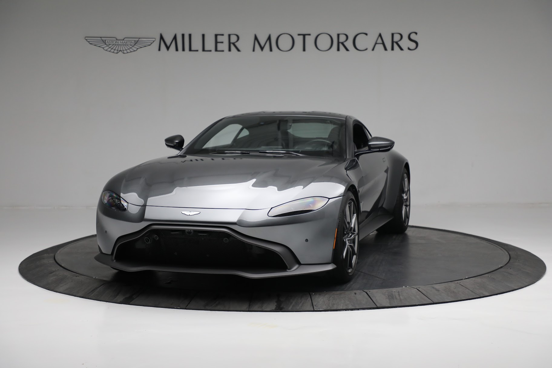 New 2019 Aston Martin Vantage Coupe For Sale In Greenwich, CT 3032_p12