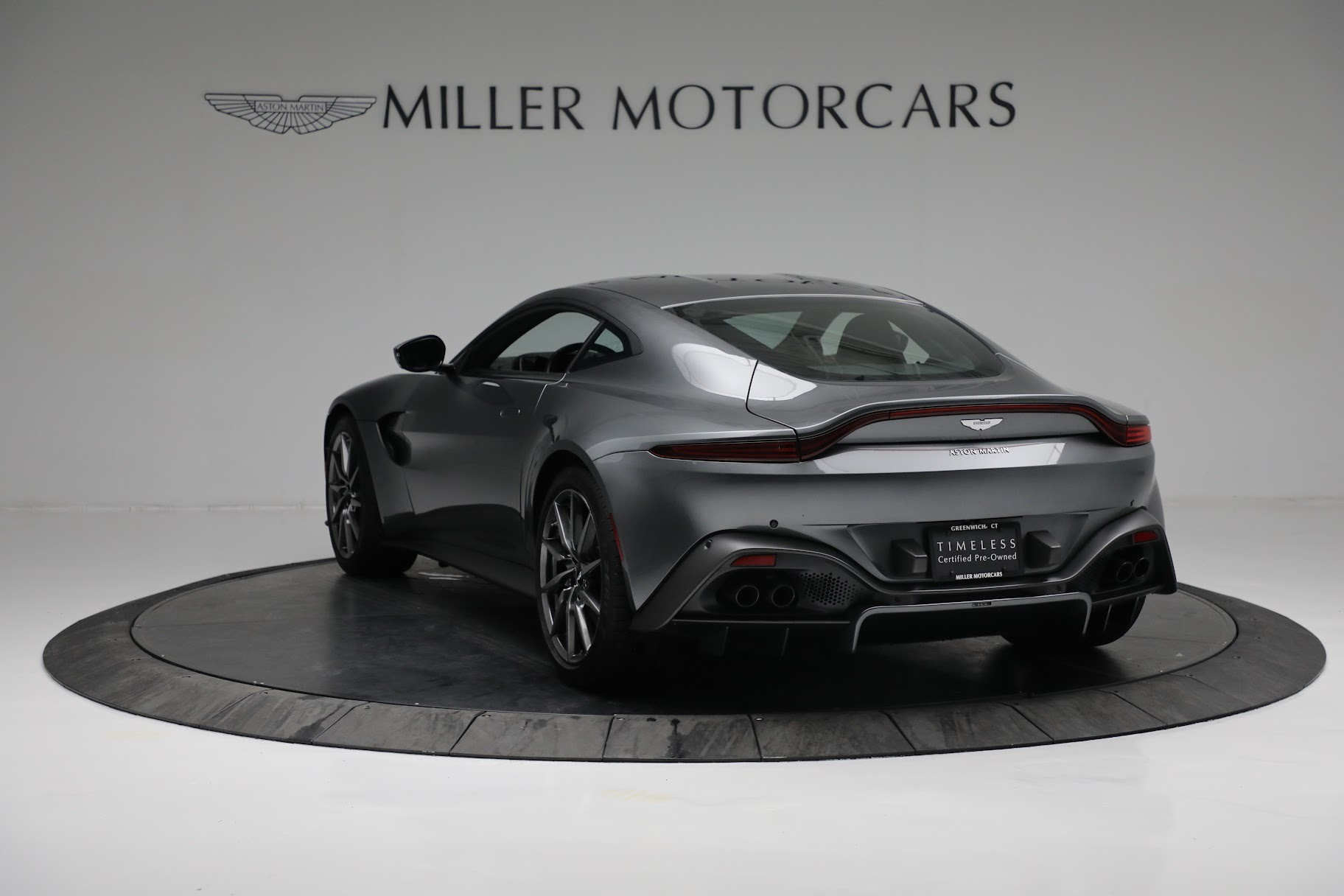 New 2019 Aston Martin Vantage Coupe For Sale In Greenwich, CT 3032_p4