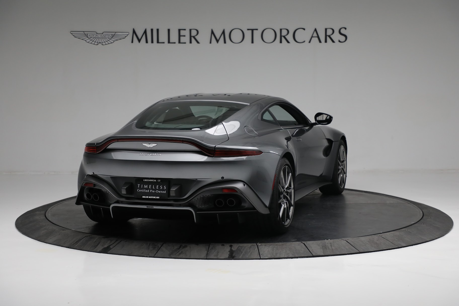 New 2019 Aston Martin Vantage Coupe For Sale In Greenwich, CT 3032_p6