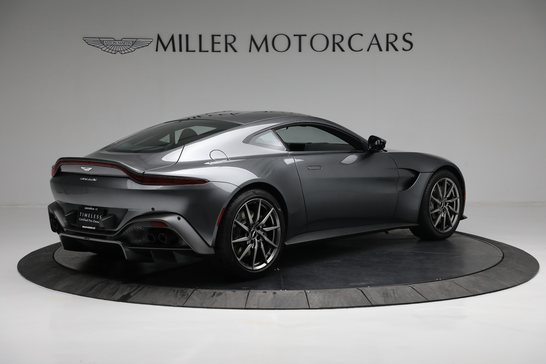New 2019 Aston Martin Vantage Coupe For Sale In Greenwich, CT 3032_p7