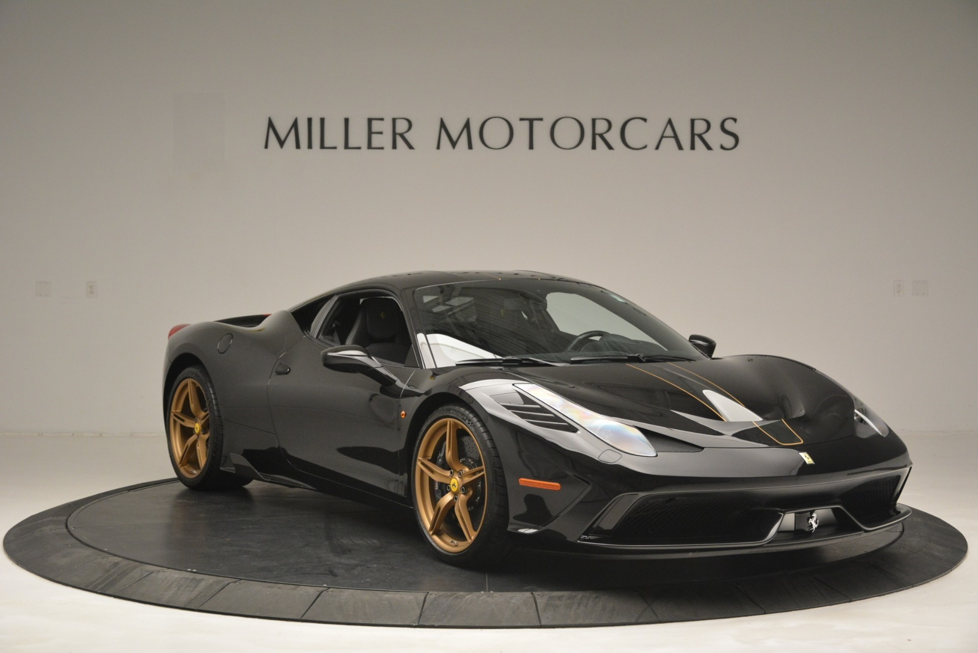 Used 2014 Ferrari 458 Speciale  For Sale In Greenwich, CT 3036_p11