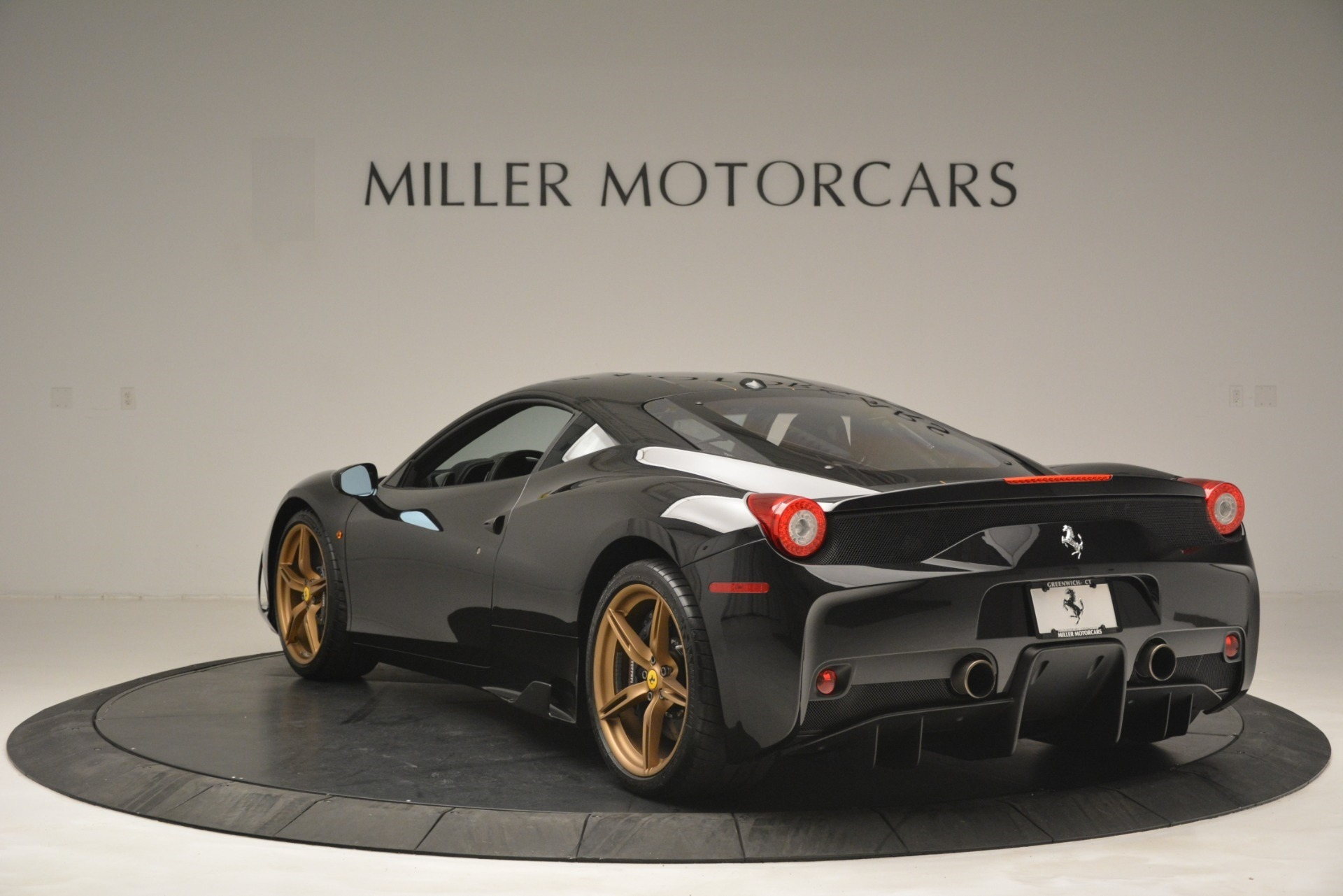 Used 2014 Ferrari 458 Speciale  For Sale In Greenwich, CT 3036_p5