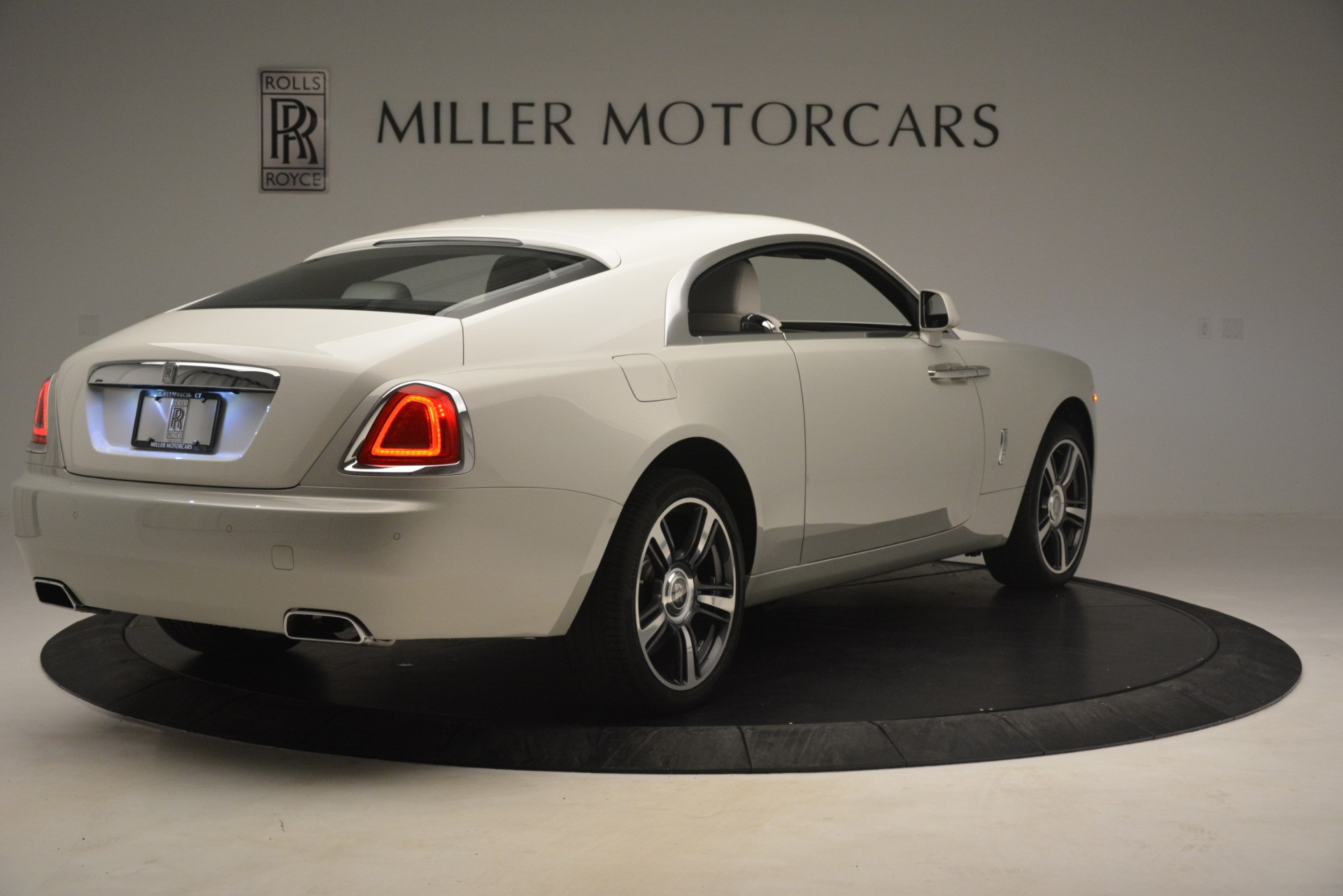 Used 2016 Rolls-Royce Wraith  For Sale In Greenwich, CT 3043_p10